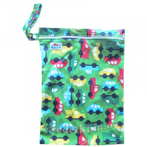Многоразовая непромокаемая сумка, Машинки на зеленом